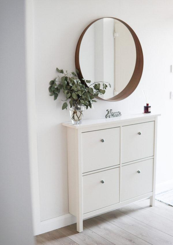A Simple & Minimal Home