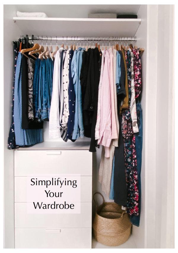 Why I Decided to  Simplify My Wardrobe